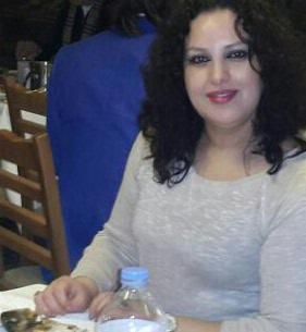<b>ارملة  فلسطينية رومانسية وحنونة ابحث عن زوج نفس صفاتي</b>