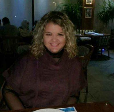 <b>انسة سورية اقيم فى تركيا ابحث عن زوج عربي</b>