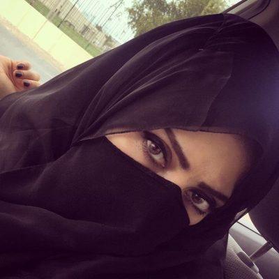 <b>انسة كويتية ابحث عن ابن الحلال ليشاركني حياتي</b>