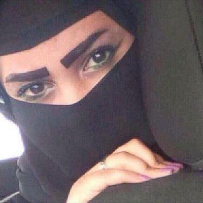 <b>انسة من سلطنة عمان ابحث عن شاب للزواج يقدر المرأة والحياة الزوجية</b>