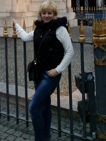 <b>تونسية  مطلقة مقيمة فى قطر ابحث عن زوج مقيم فى قطر</b>