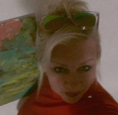 <b>تونسية  مقيمة فى السويد ابحث عن زوج مناسب من اصل عربى</b>
