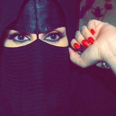 <b>سعودية لم يسبق لي الزواج ابحث عن زوج محافظ على العادات والتقاليد</b>