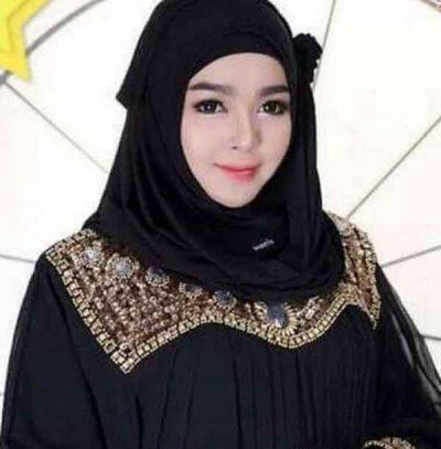 <b>ارغب في زوج خليجي اقيم فى السعودية فتاة اندونسية اعمل فى مجال الفنادق</b>