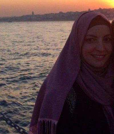 <b>مصرية اريد الزواج بمصر ابحث عن زوج لدية سكن و عمل مستقر</b>