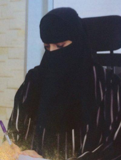 <b>مطلقة سعودية موظفة معلمة ابحث عن زوج مثقف ابن حلال</b>