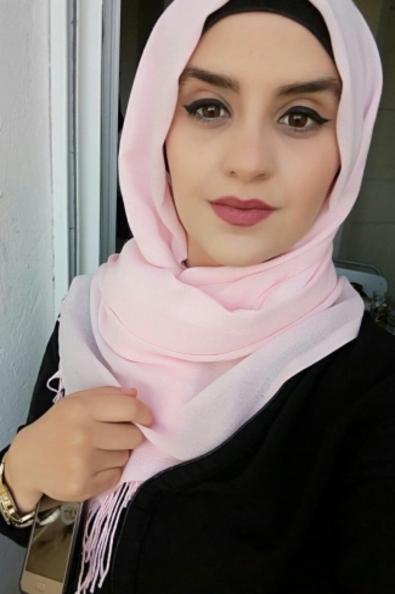<b>زواج بالسعودية مصرية مقيمة فى الرياض  ابحث عن شاب عربي جامعي ناضج للزواج</b>