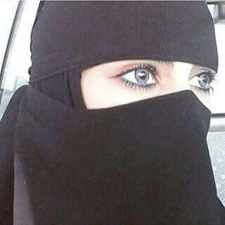 <b>مطلقة سعوديه مقميه فى جده للزواج ابحث عن ابن الحلال</b>