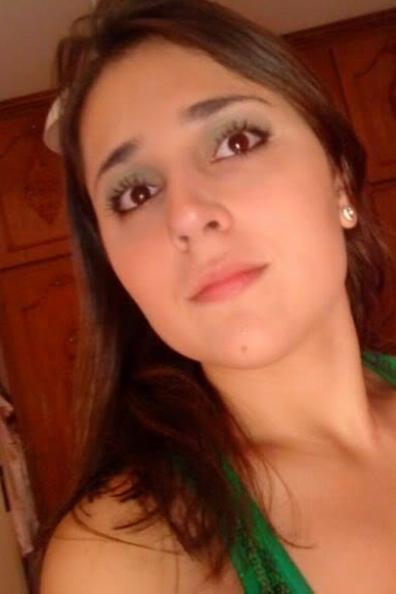 <b>للزواج سورية مقميه في اسبانيا ابحث عن زوج فرفوش يحب الحياة</b>