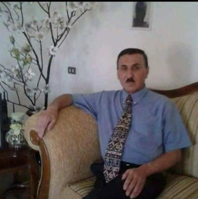 <b>ببحث عن بنت حلال للزواج تكون محترمه ومهذبه</b>