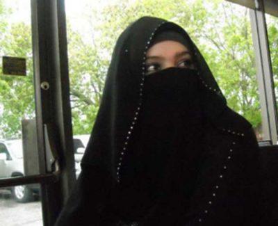 <b>ارملة سعودية اقيم فى حفر الباطن ابحث عن زوج ارمل او مطلق ليس  لديه اولاد</b>