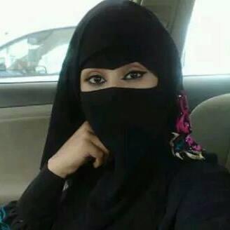 <b>انسة سعودية مقيمة فى حائل  ابى رجل يكون سندى بالحياة</b>