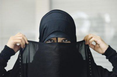 <b>سعودية مطلقة قبيلية اربعينية ارغب مسيار من مطلق او ارمل او اعزب</b>