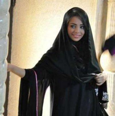 <b>للزواج في الكويت مقيمة سورية</b>