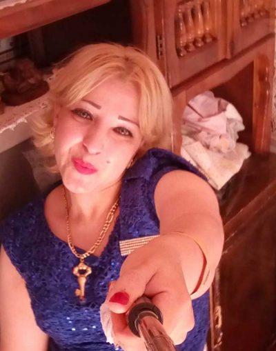<b>مطلقة لبنانية على قدر من الجمال ابحث عن زوج حنون مناسب</b>